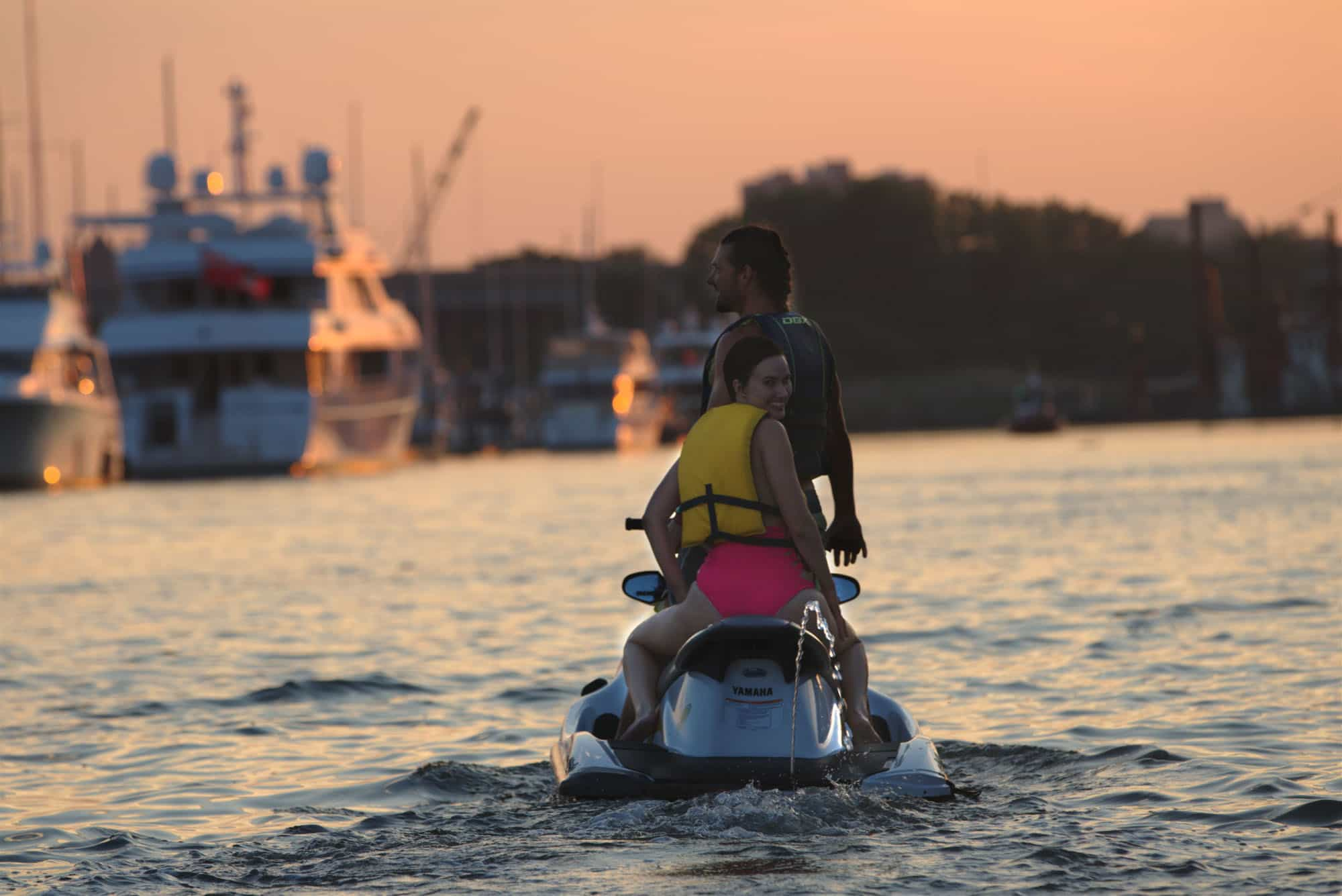 Best Water Shoes For Jet Skiing